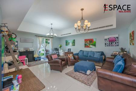 3 Bedroom Villa for Sale in Arabian Ranches, Dubai - Stunning Townhouse - Extended - Upgraded