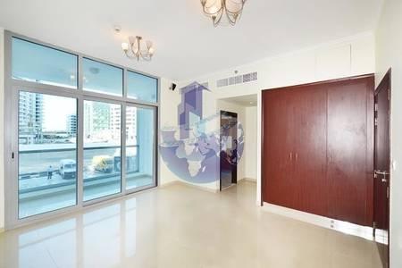 2 Bedroom Apartment for Sale in Dubai Marina, Dubai - Large 2BHK For Sale in Marina With full marina View