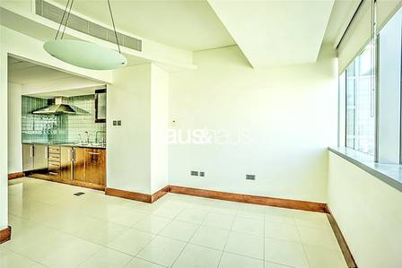 1 Bedroom Flat for Sale in World Trade Centre, Dubai - High Floor | Excellent Building | Tenant