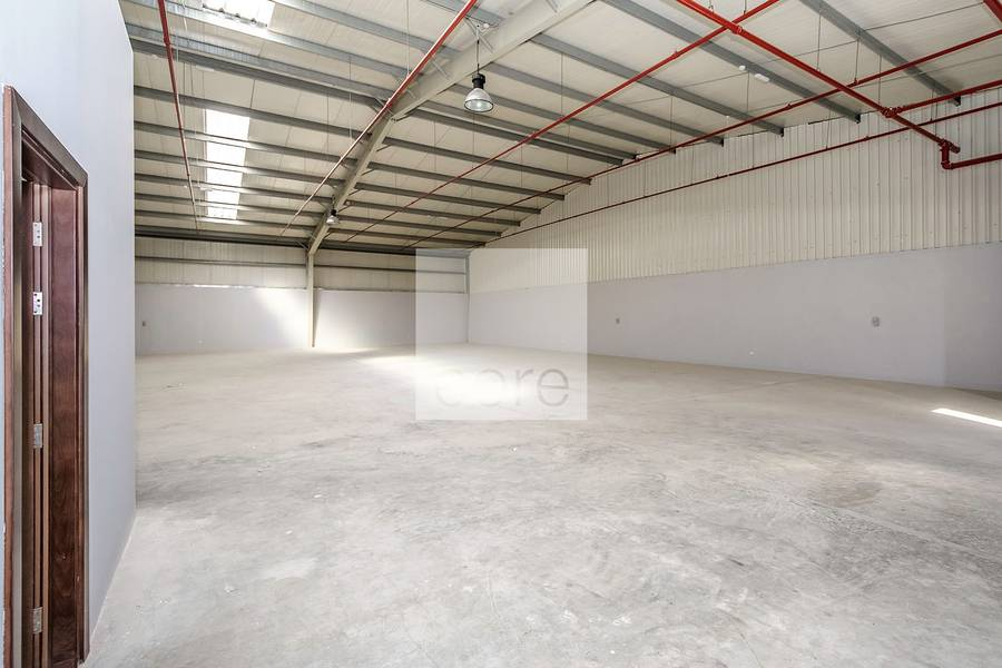 Fitted warehouse / Mussafah Industrial Area