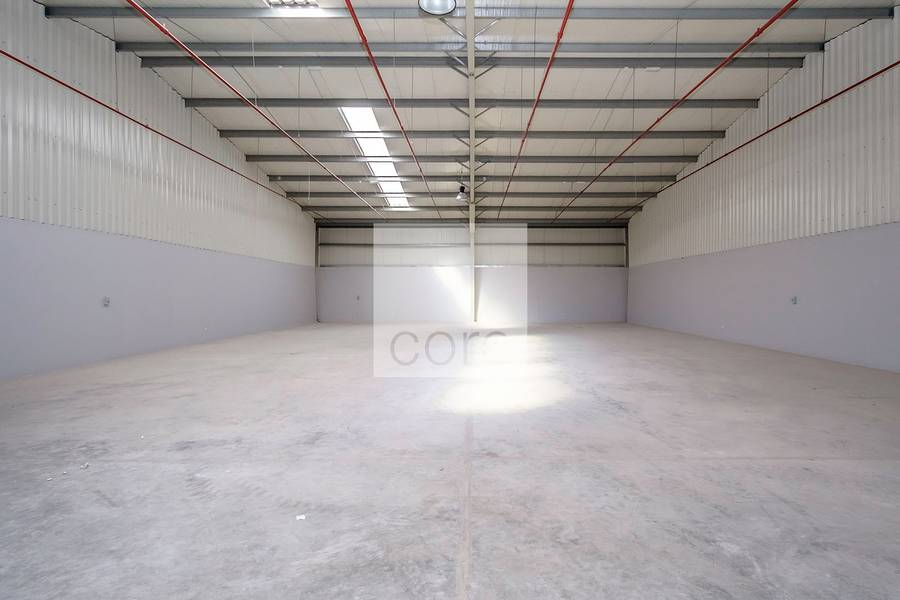 2 Fitted warehouse / Mussafah Industrial Area