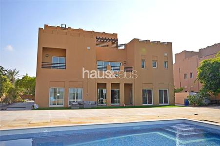 6 Bedroom Villa for Rent in Arabian Ranches, Dubai - Golf Course view | Private pool | Vacant
