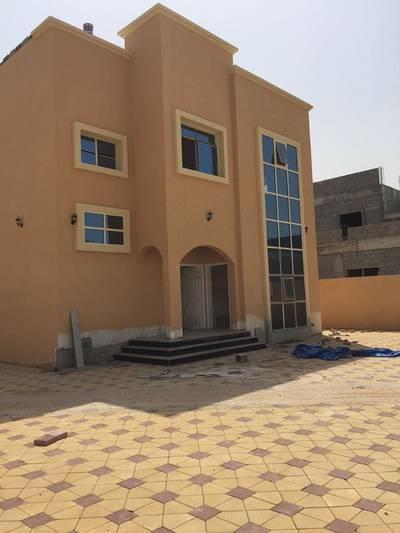6 Bedroom Villa for Sale in Musherief, Ajman - villa for sale for local citizens