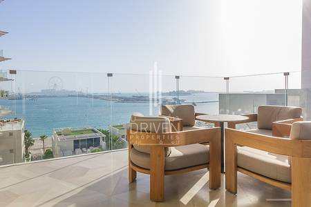 2 Bedroom Apartment for Sale in Palm Jumeirah, Dubai - Opulent Living|Full Sea Views |Mid Floor