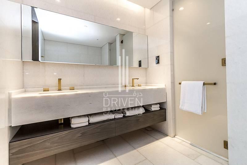 12 Opulent Living|Full Sea Views |Mid Floor