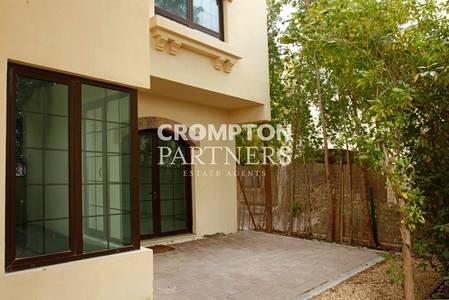5 Bedroom Villa for Rent in Al Maqtaa, Abu Dhabi - Big Five Bed  Villa in a  Leafy Compound