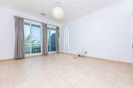 1 Bedroom Flat for Sale in Green Community, Dubai - Cozy and Spacious 1 BR Apt. with Balcony