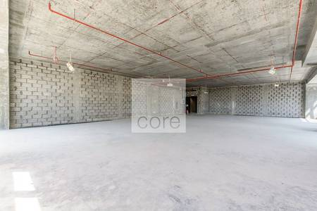 Office for Rent in The Greens, Dubai - Spacious shell and core office in The Onyx