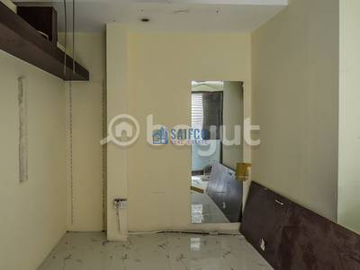 Shop for Rent in Deira, Dubai - AMAZING OFFER!!! 2 SHOPS RIGHT AT THE HEART OF GOLD SOUQ(DEIRA)-DIRECTLY FROM OWNER