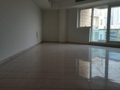 3 Bedroom Flat for Rent in Al Badaa, Dubai - 3BED+STORE+LAUNDRY FLAT NEAR IRANIAN HOSPITAL  2ND DEC SIGNAL