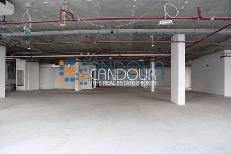 Shop for Sale in Jumeirah Lake Towers (JLT), Dubai - Spacious Retail | Shell and Core | Mazaya Business Center