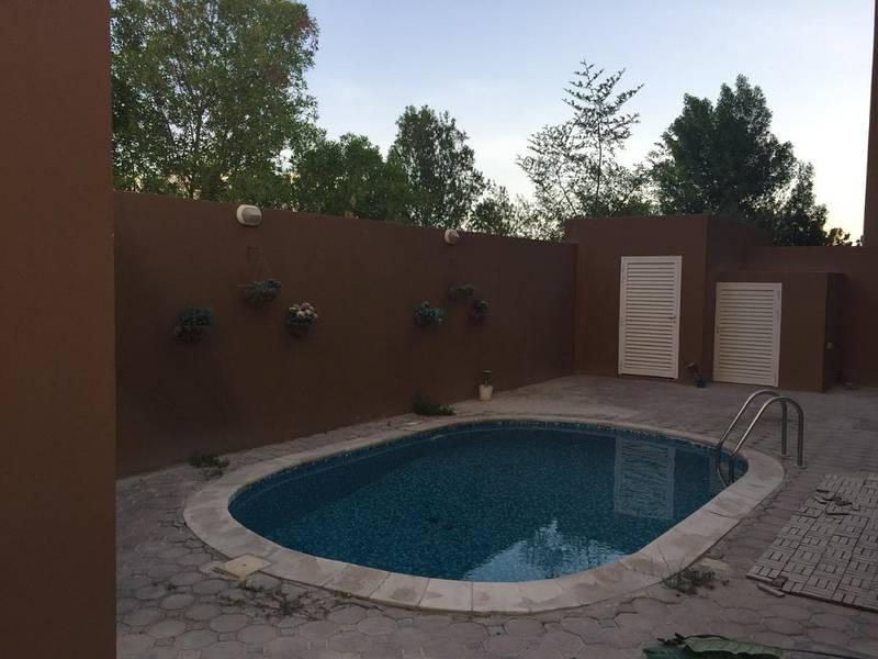 4 Master Bedroom Villa In Khalifa City Now Available