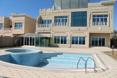 4 Bedroom Villa for Rent in Marina Village, Abu Dhabi - Luxurious Four BR Villa In AUH Marina .!