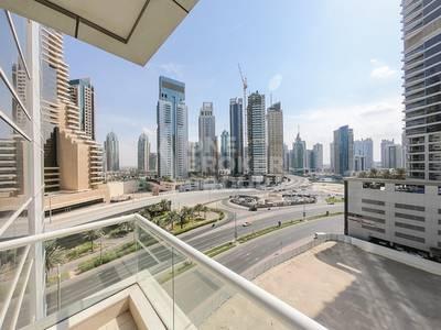 2 Bedroom Flat for Rent in Dubai Marina, Dubai - Mid floor with Full Marina and Sea Views