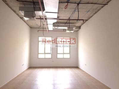 Office for Rent in Ras Al Khor, Dubai - Primely Located || 859 Sqft Office || Ras Al Khor