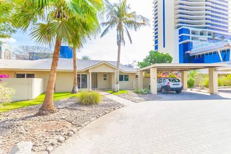 3 Bedroom Villa for Rent in Al Sufouh, Dubai - Bright and Spacious 3BR+M Compound Villa