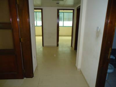 2 Bedroom Flat for Rent in Liwa Street, Abu Dhabi - Clean 2BR with Balcony in a Nice Tower on Liwa Street