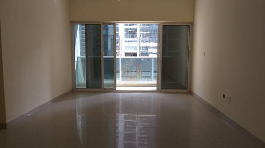 3 Bedroom Apartment for Rent in Al Mamzar, Sharjah - Chiller Free 3BHK with Maids Room 55K