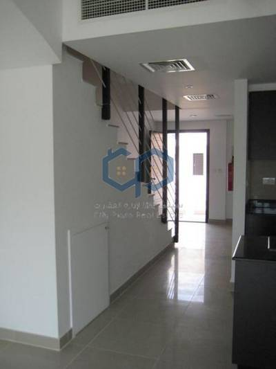 2 Bedroom Villa for Sale in Al Reef, Abu Dhabi - Amazing 2 Br villa in Contemporary Reef