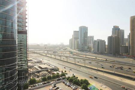 2 Bedroom Apartment for Rent in Jumeirah Lake Towers (JLT), Dubai - 2 Bed Lake View With Balcony - Unfurnished