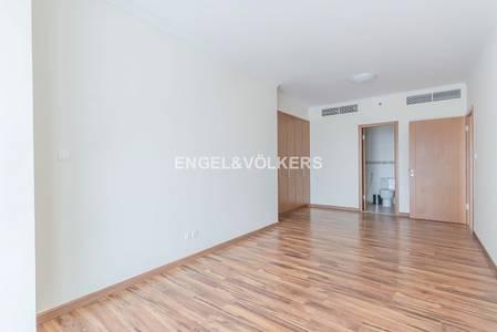 شقة 1 غرفة نوم للبيع في أبراج بحيرات جميرا، دبي - Modern Lifestyle Perfect Location Rented