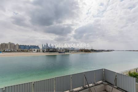 5 Bedroom Villa for Sale in Palm Jumeirah, Dubai - Make it your dream home Customized villa