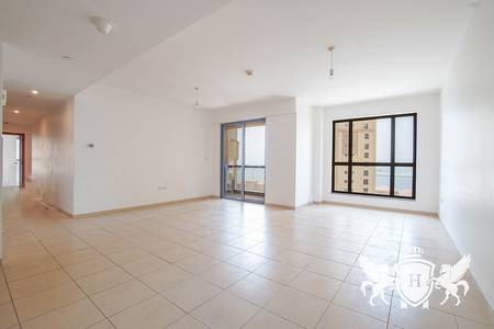 3 Bedroom Apartment for Rent in Jumeirah Beach Residence (JBR), Dubai - 3BR+Maids I Partial Sea view l Good layout