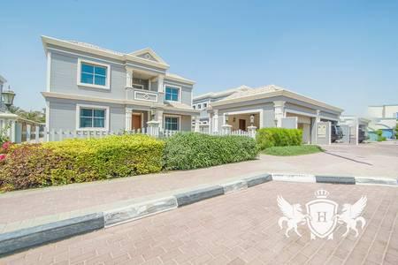 فیلا  للايجار في دبي لاند، دبي - Brand New 5 BR Villa with Lake Park Views