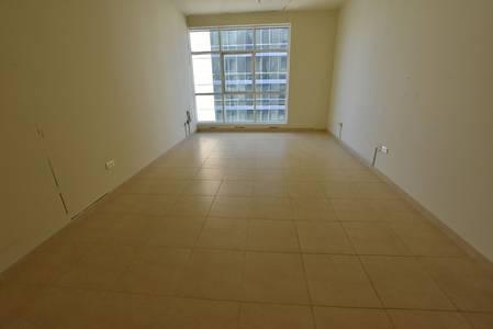1 Bedroom Flat for Rent in Al Khalidiyah, Abu Dhabi - 1 Master Bedroom With Store Room Near Grand Stores Khalidiyah
