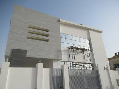 5 Bedroom Villa for Sale in Al Rawda, Ajman - Do not miss this unbeatable deal !!!