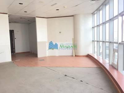 Office for Rent in Deira, Dubai - Ready Fully Fitted Partitioned Office space of 1149 sq.ft near Deira City Centre with Free Parking