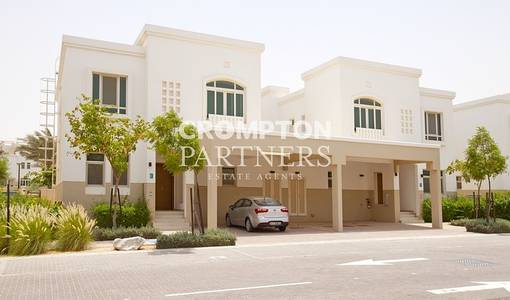 3 Bedroom Villa for Rent in Al Ghadeer, Abu Dhabi - 4 Cheques - 3Bed with Maids & Study Room