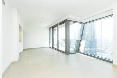 3 Bedroom Apartment for Sale in Downtown Dubai, Dubai - High Floor Vacant 3 Bed+Maid's Burj View