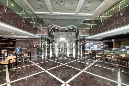 Shop for Rent in Dubai Media City, Dubai - Fitted retail on low floor  DMC