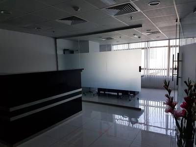 Office for Rent in Jumeirah Lake Towers (JLT), Dubai - Spacious Furnished Office on the Metro [EC]