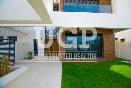4 Bedroom Villa for Sale in Yas Island, Abu Dhabi - Single Row - Corner Villa with Big Plot!