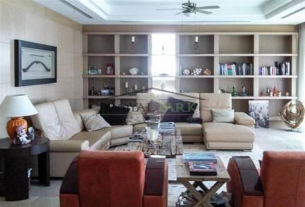 3 Bedroom Villa for Sale in Dubai Marina, Dubai - Exclusive 3 BR Villa with Swimming Pool in Dubai Marina