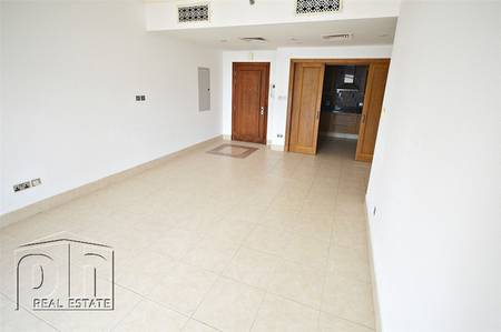 1 Bedroom Apartment for Sale in Old Town, Dubai - | OT Specialist | Vacant Now | View Today |