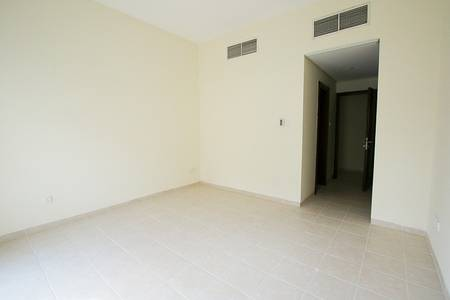 1 Bedroom Flat for Rent in Discovery Gardens, Dubai - U type|5 mins Walk to Discovery Pavilion