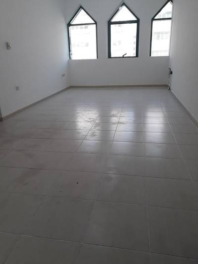 1 Bedroom Apartment for Rent in Madinat Zayed, Abu Dhabi - 1BHK NEAT AND CLEAN MADINAT ZAYED