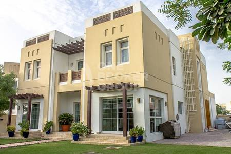 5 Bedroom Villa for Rent in Mudon, Dubai - High Quality Modified 5BR English Style Villa!