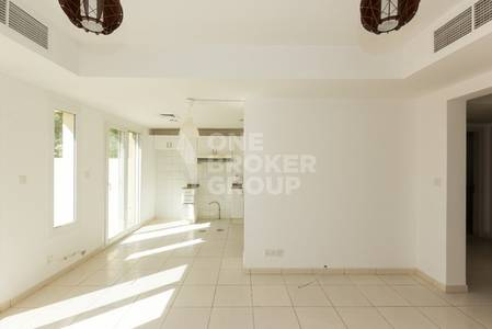 2 Bedroom Villa for Rent in The Springs, Dubai - 2 BR plus Study 4M Well Maintained Villa