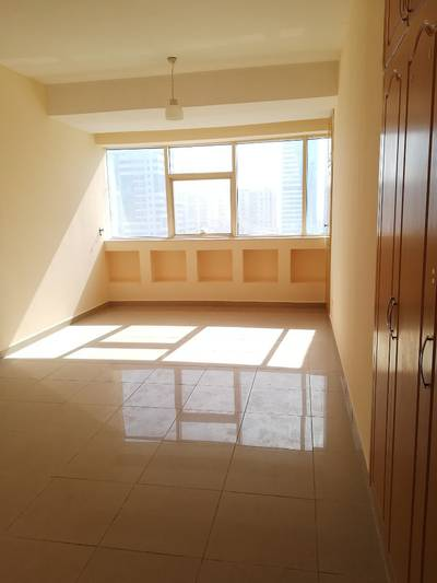 Studio for Rent in Al Nahda, Sharjah - Big Studio With Wardrobes and Sprat Kitchen In just 20k 6cheqs Opp lulu al nahda sharjah call Umer