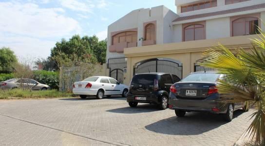 Studio for Rent in Al Maqtaa, Abu Dhabi - studio flat good size with legal tawteeq and permit mawaqef no commission fee