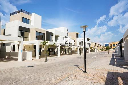 5 Bedroom Townhouse for Sale in Al Salam Street, Abu Dhabi - Property
