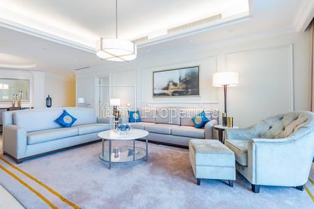 3 Bedroom Flat for Rent in Downtown Dubai, Dubai - 3BR + Maids | Burj/DIFC Views
