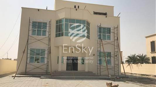 6 Bedroom Villa for Sale in Shakhbout City (Khalifa City B), Abu Dhabi - Brand New 5 Bedroom Villa with Private Parking !