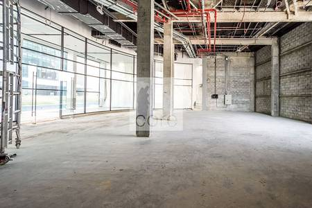 Shop for Rent in DIFC, Dubai - Shell and Core Retail Space | Low Floor