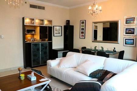 1 Bedroom Flat for Rent in Dubai Marina, Dubai - Furnished 1Br Apt in Marina Quays West