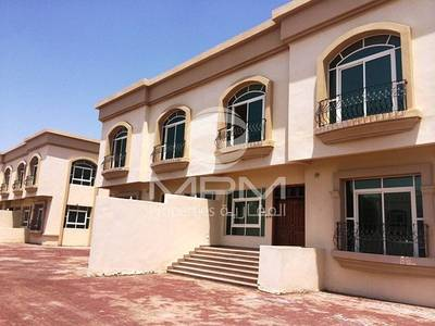 4 Bedroom Villa for Rent in Khalifa City A, Abu Dhabi - Nice 4 Bedroom Villa in a Compound Villa